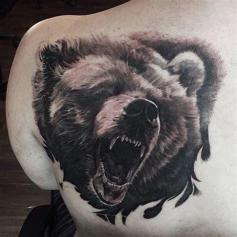 animal tattoo e piercing milano 40 best roaring bear tattoo images on pinterest bear