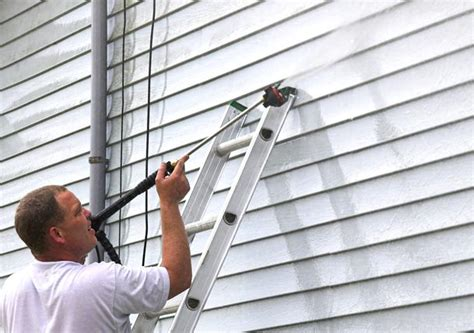 how to clean mold off house siding clean mold off your house s siding with these tips best pick reports