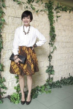 Charles Keith Batik batik skirt how to wear and where to buy chictopia