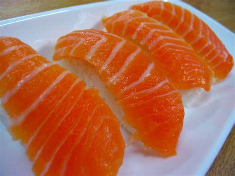 Salmon Sushi nigiri sushi how to make sushi