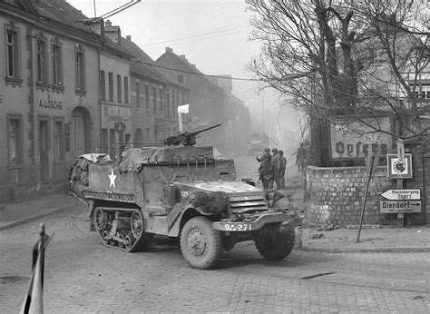 ww2 military vehicles 1000 images about armored vehicles on pinterest armored