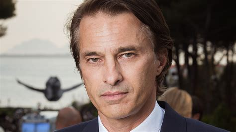 olivier martinez olivier martinez signs with apa exclusive hollywood