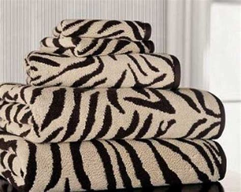 zebra prints and decorative pattern for modern bathroom