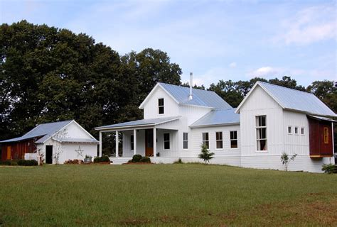 simply farmhouse simply farmhouse house plan benjamin moore color of the year 2016 simply white color