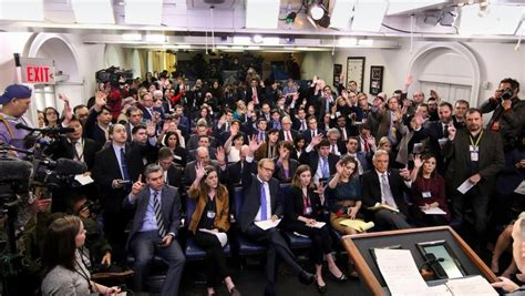 white house press corps white house grants press credentials to a pro trump blog the new york times
