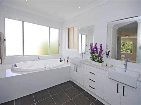 badezimmer vanity light mit steckdose 20 best images about bathroom on heated towel