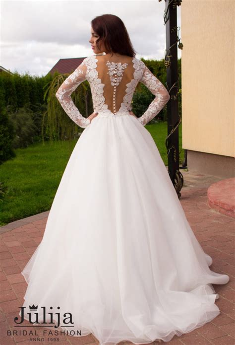 fabiana production  wedding dresses bridal gowns