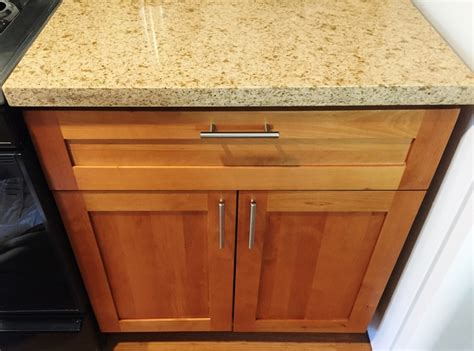 light maple shaker cabinets light honey natural american maple shaker kitchen cabinets