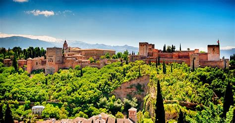 cadogan guide granada seville granada full day trip from seville with transfers