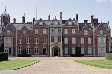 casa reale inglese human remains found on s sandringham estate mirror
