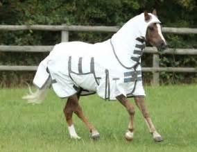 les diff 233 rents types de couvertures pour chevaux