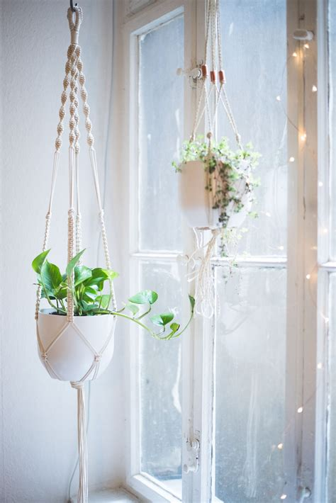Macrame Plant Holder Tutorial - easy home diy macrame plant hanger tutorial macrame