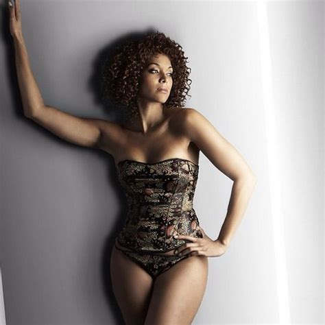 Istimewa Hughes Top Big Size the 5 plus size models you should be following on