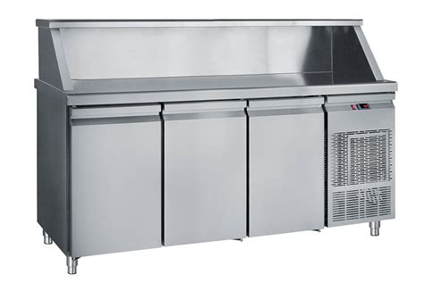 refrigerated counter with base top with 3 big doors