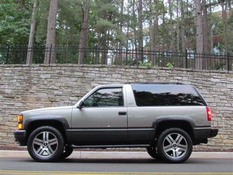 auto air conditioning service 1999 chevrolet tahoe transmission control purchase used 1999 chevy tahoe 2 door 4x4 awd 2wd 20 quot powder coated gm wheels sirrus xm nice in