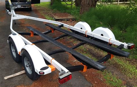 how long to boat trailer tires last 18 22 ft dual axil boat trailer with 4 new disc brakes and