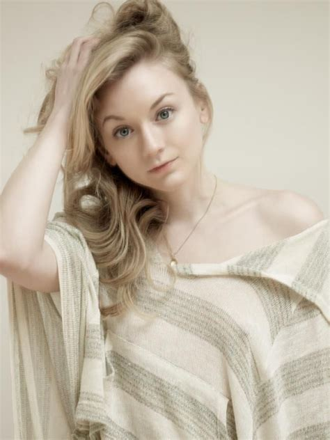 beth from walking dead actress 34 best beth greene favorite phtos images on pinterest