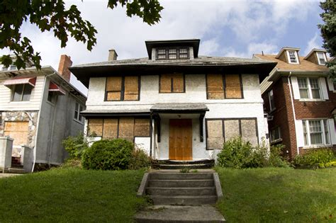 detroit mansions for cheap who s buying up cheap houses in detroit 10 leaders at tax auction