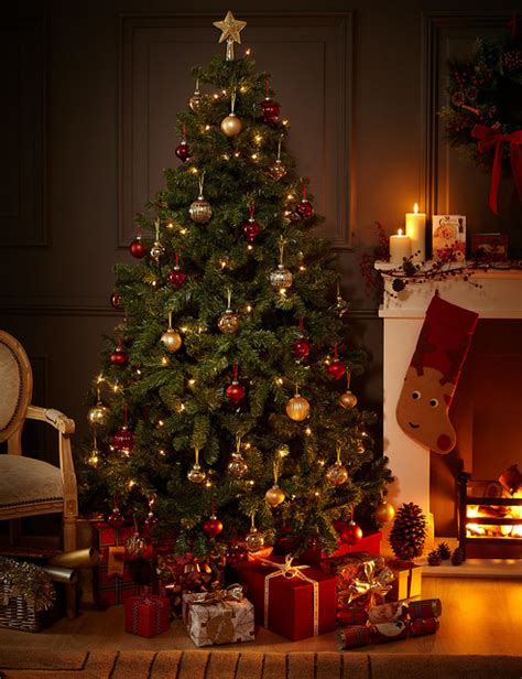 traditional christmas decorations to make 40 fantastic living room decoration ideas all about