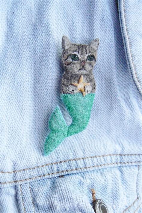 mer cat brooch   sew  fabric animal brooch