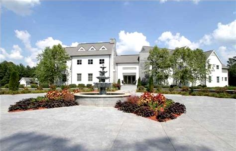 Nfl Players Cribs by Cribs Nfl Style Thirteen Awesome Luxury Homes Owned By