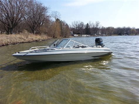 pictures of glastron boats 1983 glastron boats pictures to pin on pinterest pinsdaddy
