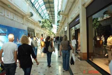 Closet Mall by Nearby Shopping Center Picture Of Val D Europe Shopping Center Marne La Vallee Tripadvisor