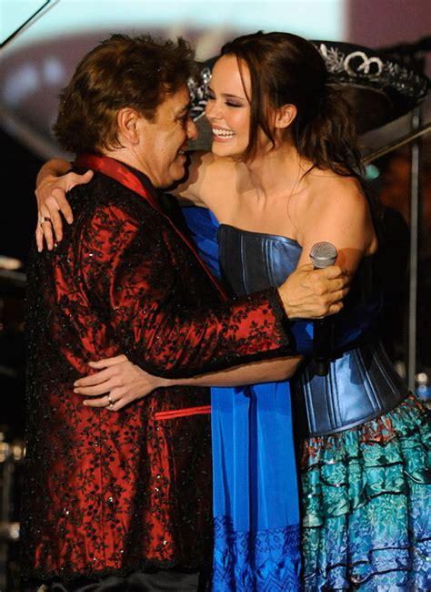 Isabel Pantoja lamenta profundamente la muerte de su amigo ... Mama De Los Hijos De Ricky Martin