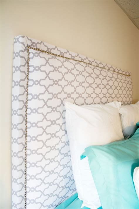 Best Fabric For Upholstered Headboard by 17 Best Ideas About Fabric Headboards On Diy Fabric Headboard Diy Bed Headboard And