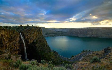 waterfalls breathtaking landscapes