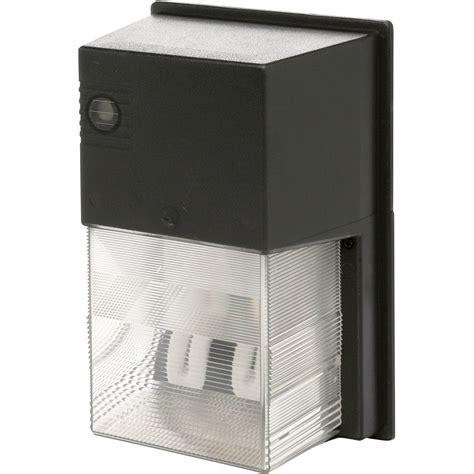dusk till dawn security light designer s edge fluorescent dusk to dawn light 42 watts