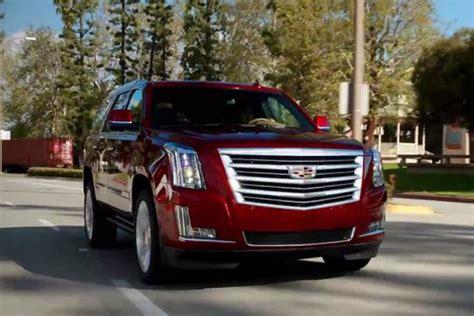 cadillac minivan 2017 2017 cadillac escalade 5 reasons to buy autotrader