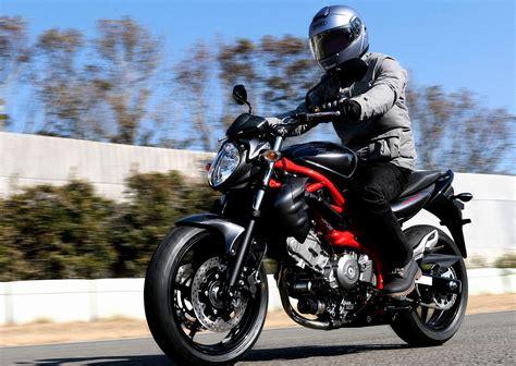 suzuki motorcycle 2015 2015 suzuki sfv650 gladius review