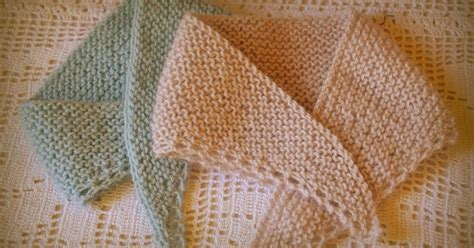 knitting shawls for beginners miss molly s dolls beginner knitters project a dolly shawl