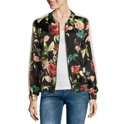 J 42565 Flower Jaket rodriguez shows athletic side in st tropez daily mail