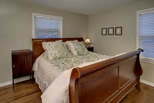 Cape Cod Bedroom Ideas Master Bedroom Cape Cod Decobizz Com
