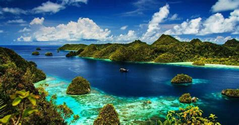 beautiful places  indonesia  tourist  visit