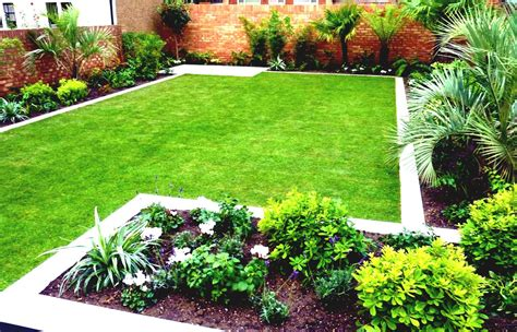 Small Garden Landscaping Ideas Small Square Garden Design Ideas