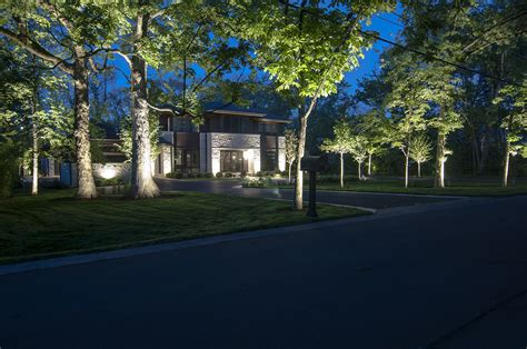 Highland Park Tree Lighting Outdoor Lighting In Chicago Landscape Lighting Chicago