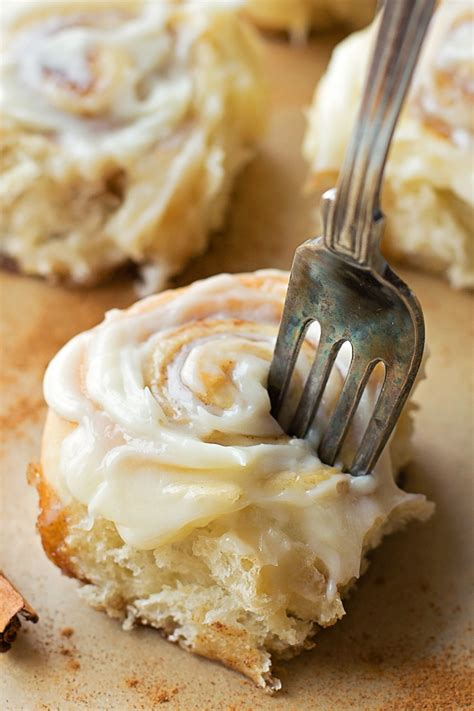 Cinnamon Rolls With Cheese Frosting mini cinnamon rolls with cheese frosting made