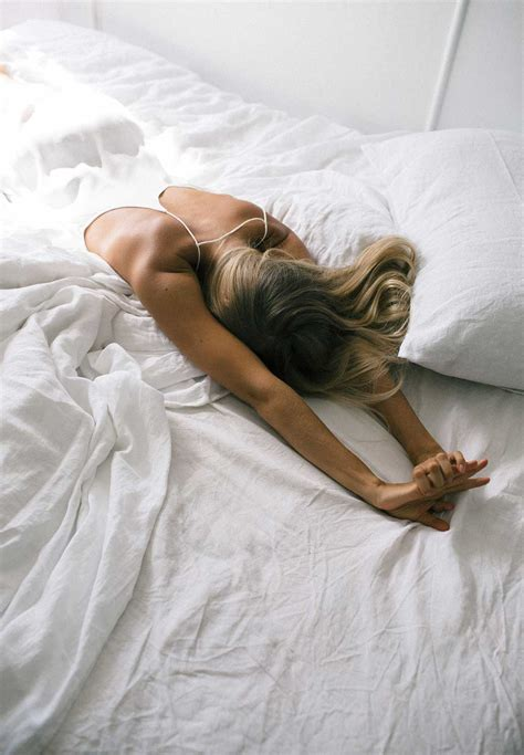 how to be great in bed i woke up at 5am every day for a week the everygirl