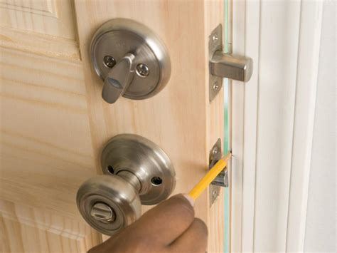 How To Install A Lock On A Door by How To Install A Deadbolt And Lockset How Tos Diy