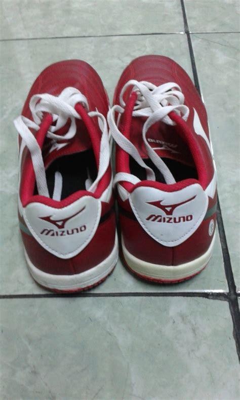 Jual Mizuno Kaskus terjual sepatu futsal bulutangkis mizuno dan raket yonex