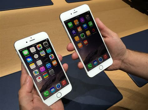 iphone 6 and iphone 6 plus on photos business insider