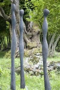 skulptur garten skulptur garten skulpturen und pappmache