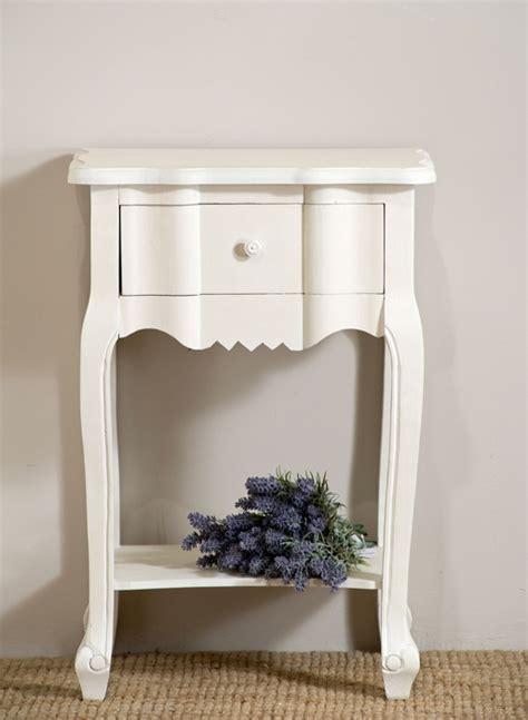 comodini bianchi comodino provenzale bianco mobili shabby chic