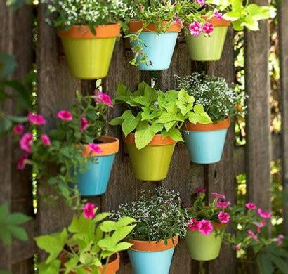 Blumentopf Hängend Selber Machen by Bunte Gartendeko Selber Machen Frische Und Sch 246 Nheit Im