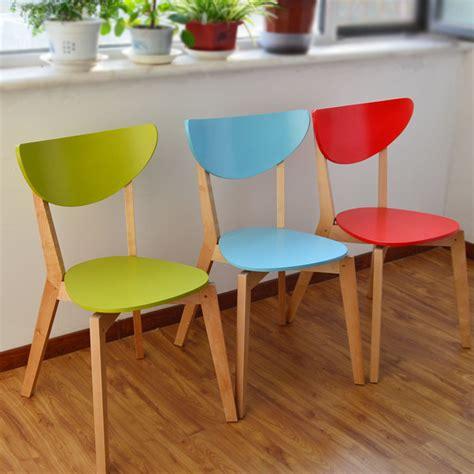 chaise en couleur ikea moderne concepteur de meubles en bois tissu montage simple en bois couleur des selles