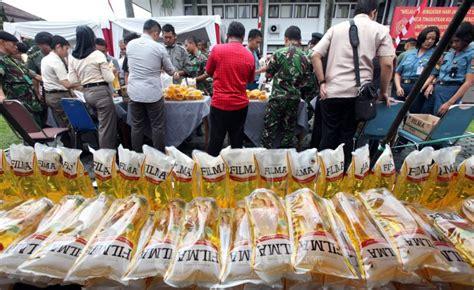 Minyak Goreng Murah Hari Ini bazar minyak goreng murah foto 3 1592001 tribunnews