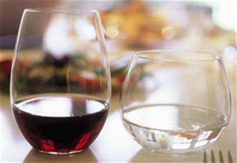 wine glass without stem stemmed vs stemless wine glasses wineware co uk